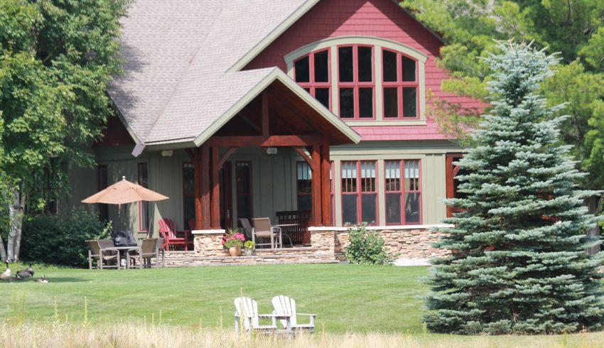 outside of true north cabin